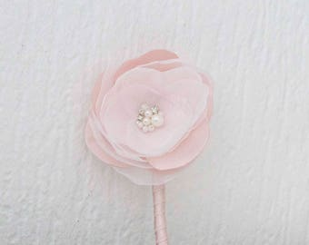 Blush pink Boutonniere, Boutineer, wedding boutineers, Buttonhole for groom, groomsmen pale pink boutonnier, Mens wedding boutonnieres