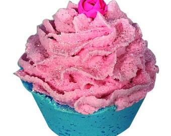 5OZ. Madly in Love Cupcake Bath Bomb