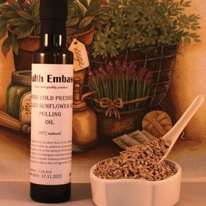 Fresh Cold Pressed Shelled Sunflower Seed Pulling Oil 250ml - Health Embassy - Organic