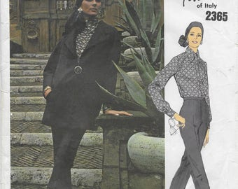 Vogue 2365 Couturier Design Fabiani of Italy Misses' 70s Jacket, Blouse and Pants Sewing Pattern Size 12 Bust 34