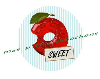 20 mm - nice Ref sweet glass cabochon