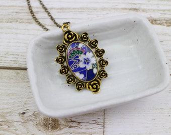 Cherry blossom pendant, Sakura pendant necklace, Sakura necklace, Japanese paper, Chiyogami pendant, Flower necklace, Japanese necklace