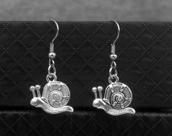 Silver Snail Earrings -Gardener Gift -Everyday Jewelry -Drop Dangle Earrings