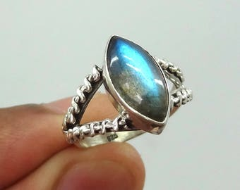 Labradorite ring, handmade ring, 92.5% sterling silver ring, silver labradortie ring, gemstone ring, solid sterling silver ring, labradorite