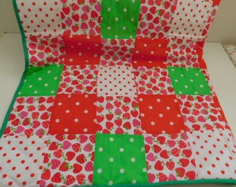 Play mat, baby play mat, patchwork play mat, padded play mat, playmat, baby shower gift, reversible mat, baby mat, babies room, nursery deco