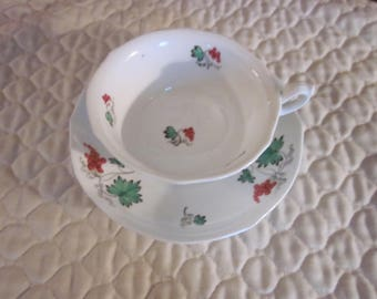 English Bone China Cup & Saucer Green Leaves, Red Berries