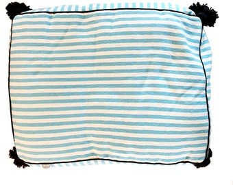 large PET BED - turquoise white black