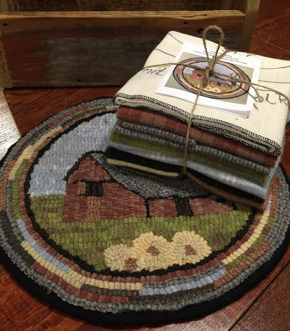 """Primtive Rug Hooking Kit for """"Old Barn #1"""" Chair Pad  14"""" Round  K118"""