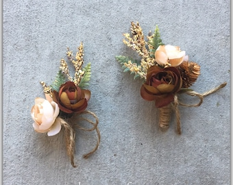 Groom boutonniere, fall wedding boutonniere, pin on flowers, buttonhole.