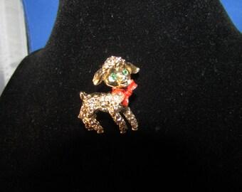 Gold Tone Lamb Pin