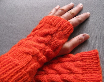 Orange cable mittens