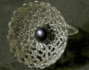 Gift For Women, Silver Pearl Ring , Halloween Gothic Ring, Halloween Silver Lace Black Pearl Ring, Unique Halloween Ring, Halloween Jewelry