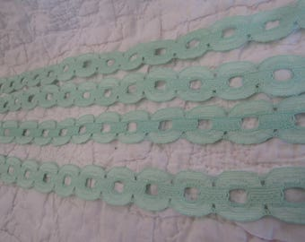 Vintage Lace Mint Green 6 1/2 yards x 7/8 inch wide