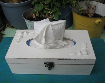 Cream Tissue box, Shabby Chic wooden tissue box cover, napkin storage box