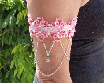 Arms wide tatting and Beads Bracelet with seed beads