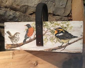 Songbirds vintage carrier box