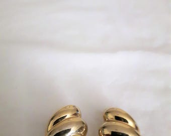 VINTAGE FO INC Earrings - Gold Tone - Clip-on - 1970s - Wedding/Bridal/Anniversary/Mother's Day