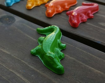 Alligator crayons set of 20 - Alligator Party Favors - Alligator Birthday Party - Gator Party Favors - Gator Shaped Crayons - Gifts For Kids
