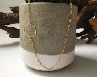 Gold double hexagon necklace // geometric jewelry // gifts for her // layered necklace // delicate jewelry // minimalist // simple geometric
