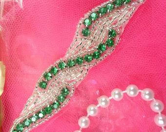 """XR129 Green Crystal Rhinestone Silver Beaded Applique 4.75"""" (XR129-slgr)"""