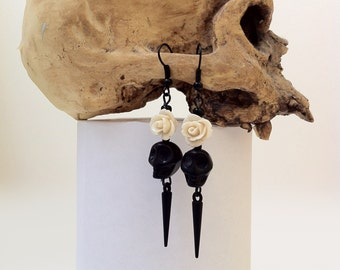 Day Of The Dead Earrings Dia De Los Muertos Memento Mori Jewelry Gothic Horror Halloween Jewelry Black Skull Cream Rose