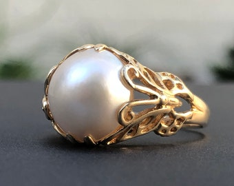 The Monarch Pearl - Vintage Pearl Ring - Butterfly Ring - Yellow Gold Pearl - Pearl Ring - Antique Ring - Vintage Ring  - 14K Gold -