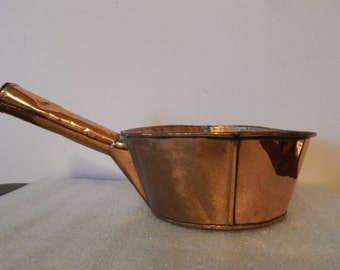 Antique Hand Wrought Copper Kitchen Pot with Rolled Rim