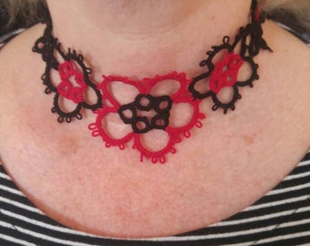 Scarlet Tri-Flower Tatted Lace Choker