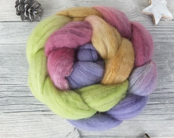 Hand Dyed Roving with Colour Gradient, Spinning Fibers – merino, tussah – VINTAGE ROSE – 3,53oz