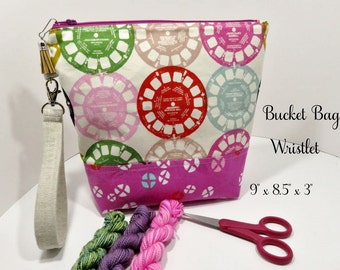 Bucket Project Bag with Wristlet