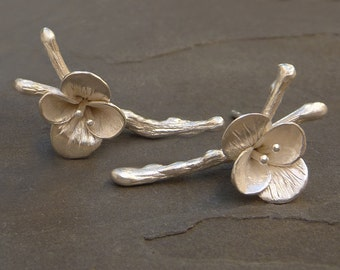 Flower Earrings Studs, Silver Flower Earrings, Flower Earrings, Silver Flowers, Flower Jewelry, Handmade stud Earrings, Gift for her, Silver