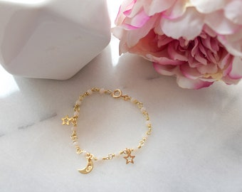 Customizable bracelet with moon and stars, bracelet with letter, brass bracelet, star bracelet, gift for her