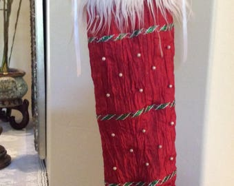 Red and Green Elf Toe Stocking