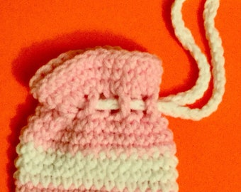 Mini coin pouch, pink and white
