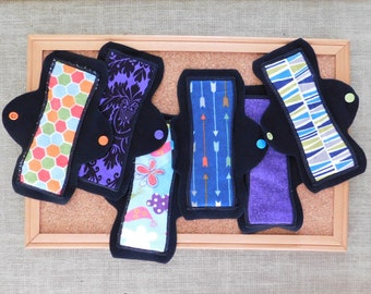 "Set of 6 pantyliner/pads (8"" lights)"