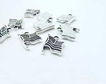 30pcs Flag Charms, Antique Silver Lovely Flag Of The United States USA Flag Charm Pendant_C8001
