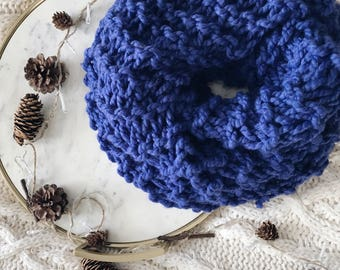 Chunky Knit Infinity Cowl Scarf
