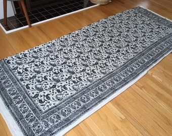 Vintage 100% cotton Mud Cloth made in Pakistan/black/White/gray Paisley