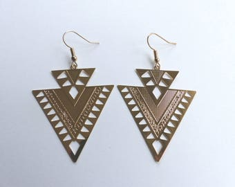 Geometric gold metal plate earrings