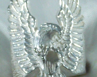 Vintage solid 925 sterling silver Eagle ring