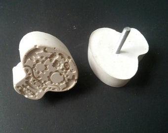 Cement Sugar Skull Drawer Pulls/Cabinet Knobs Pair
