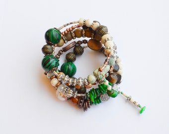 beaded bracelet,green,copper,mothers day,gift for her,jewelry,fine jewelry,bohemian jewelry,boho jewelry,gift for sister,woman,women,gift