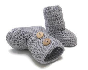 Gray Baby Booties, Crochet Baby Booties, Baby Boots, Baby Shoes, Baby Ugg, Baby Girl, Baby Boy, Baby Shower Gift, Newborn Baby Gift