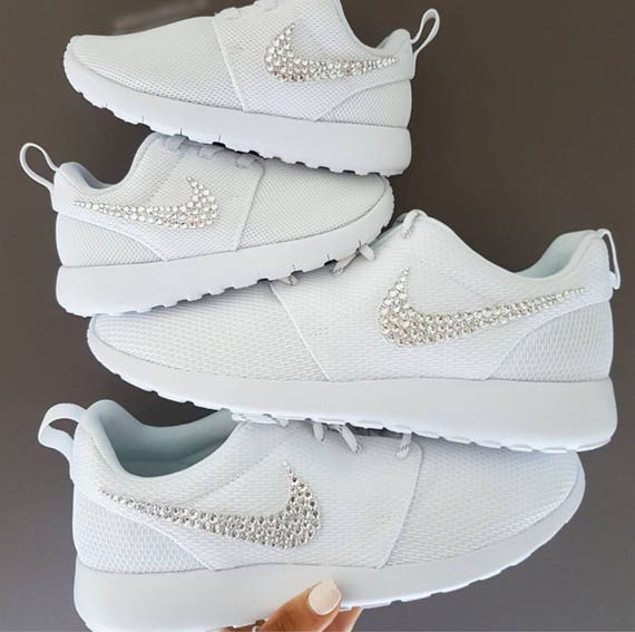 One Encrusted With Shoes Crystals Crystal Women's Swarovski Swarovski Nike Bling Roshe qUgxIt