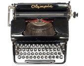 Working Olympia Typewrite...