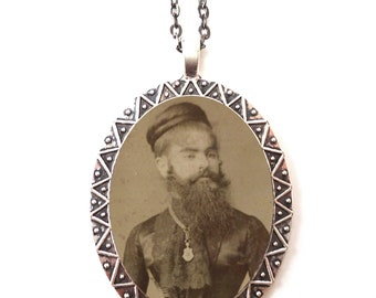 Bearded Lady Necklace Pendant Silver Tone - Sideshow Circus Freak Freaks Victorian