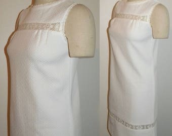 1960s 60s MOD White Carol Brent Polyester Shift Dress / Lace Trim Vintage / S