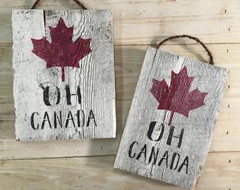Oh Canada - barnboard Canada decor - Canadiana