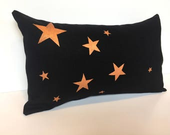 Cover cushion 30 x 50 cm black washed linen, brass stars