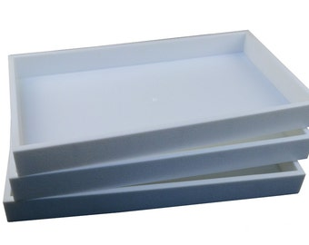 3 White Plastic Full Size Stackable Storage Trays Case